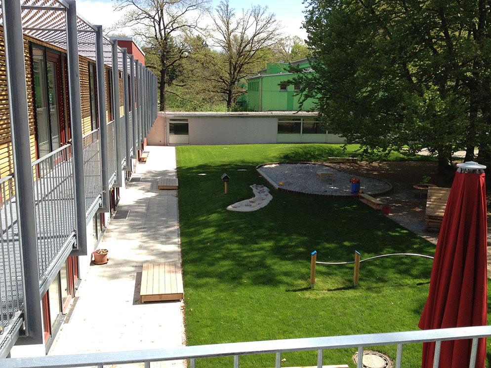 Kinderkrippe Kindergarten Spielflächen